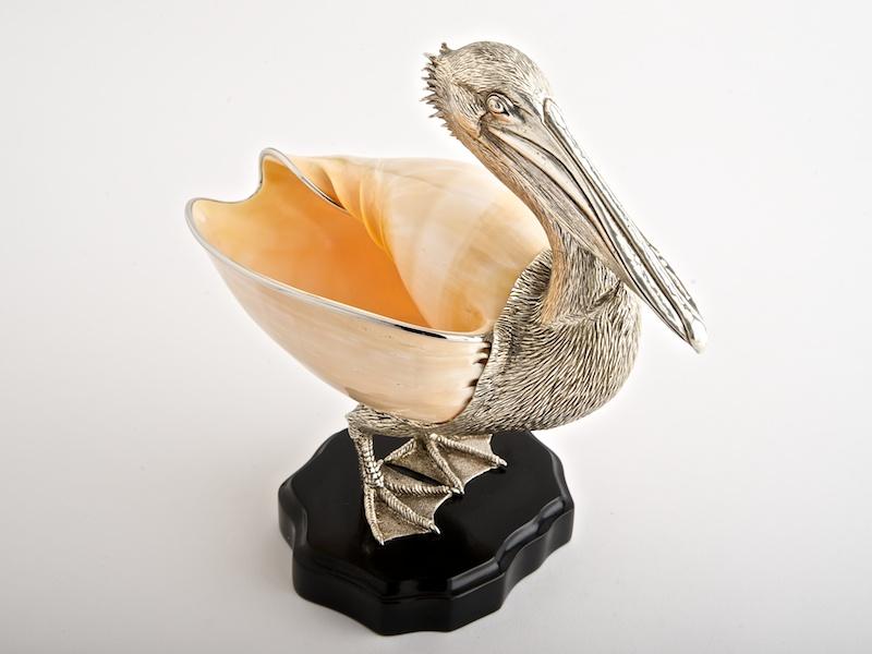 Pelican Large