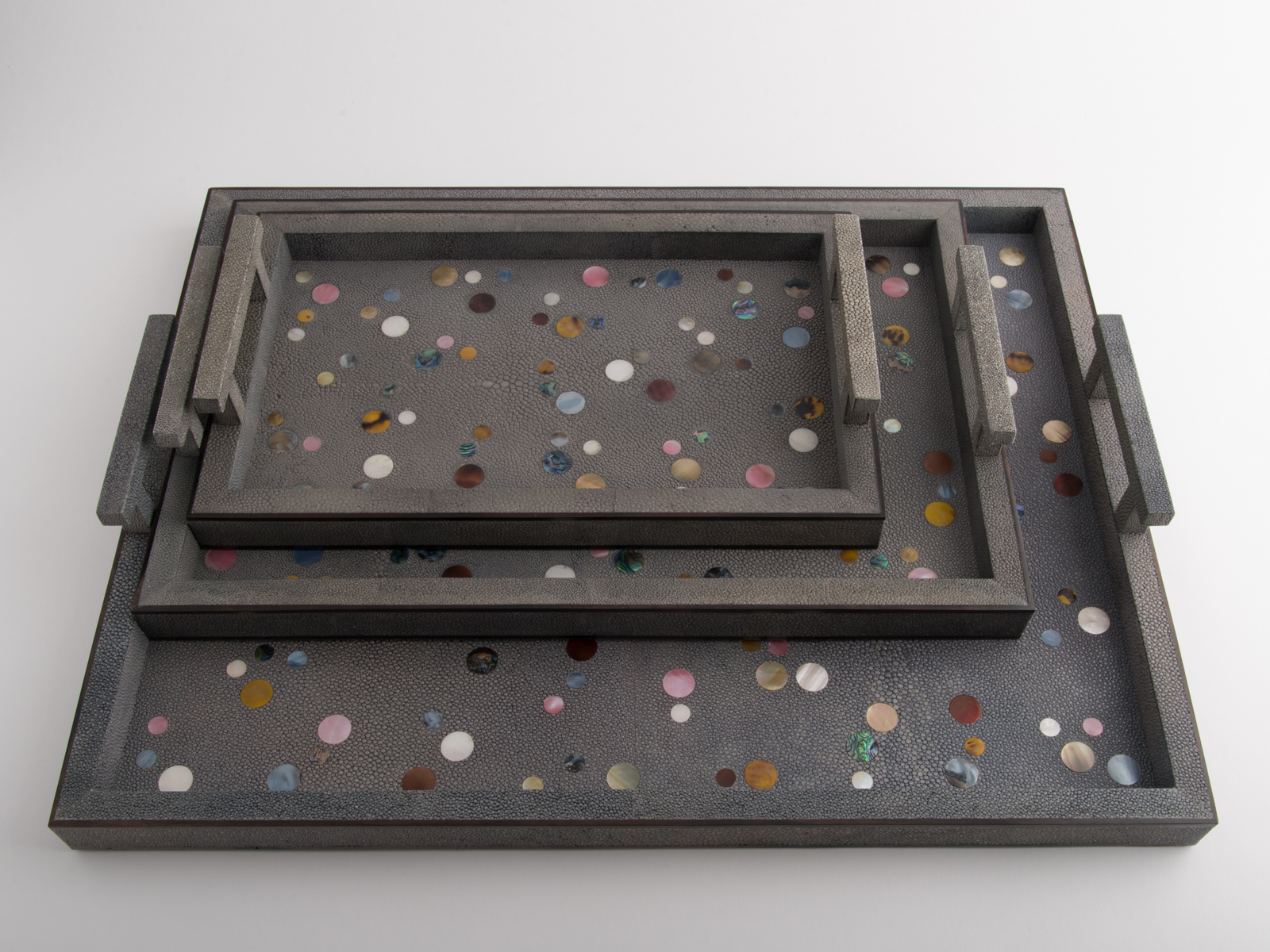 Polka Tray Shagreen Grey