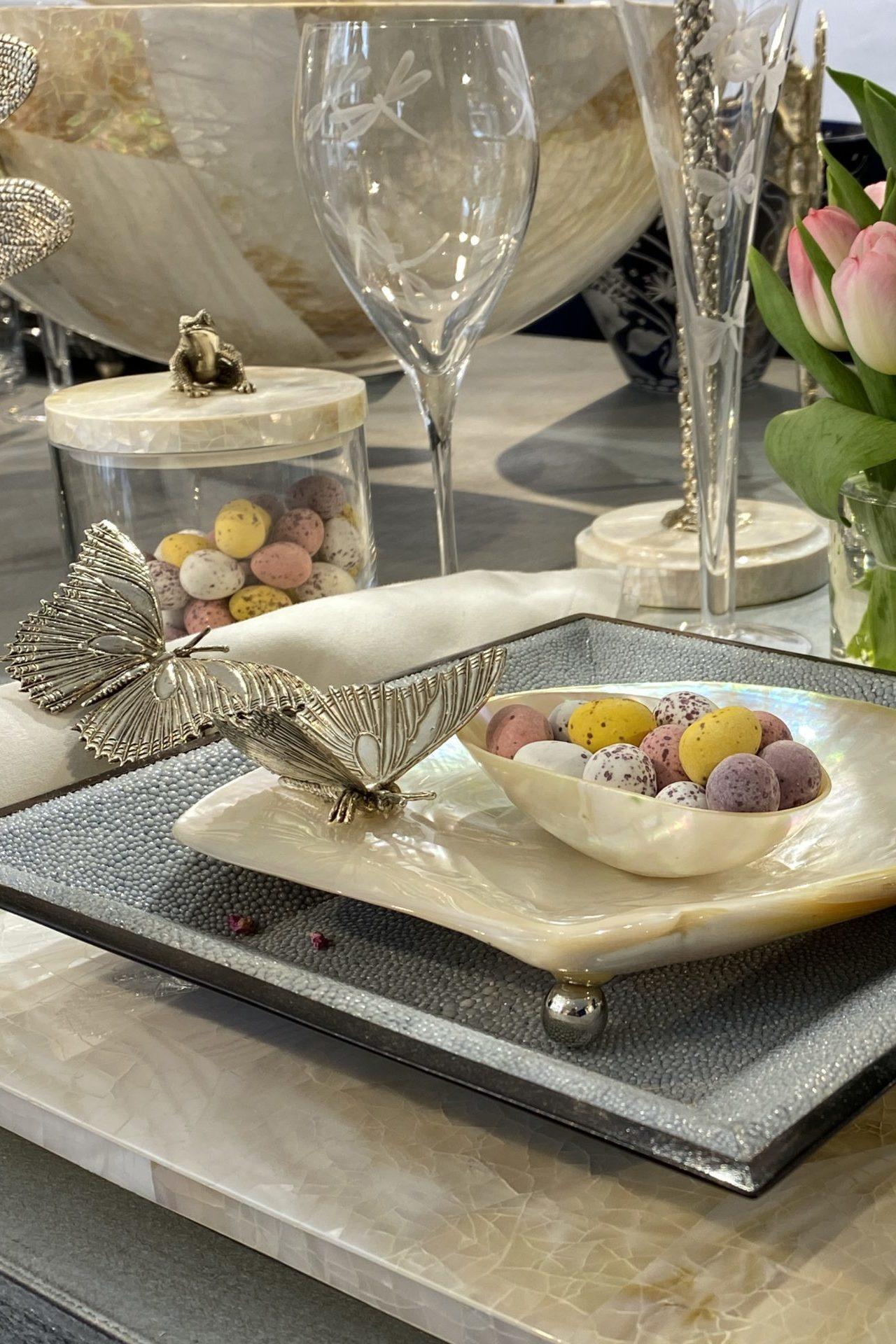 Tableware & Trays