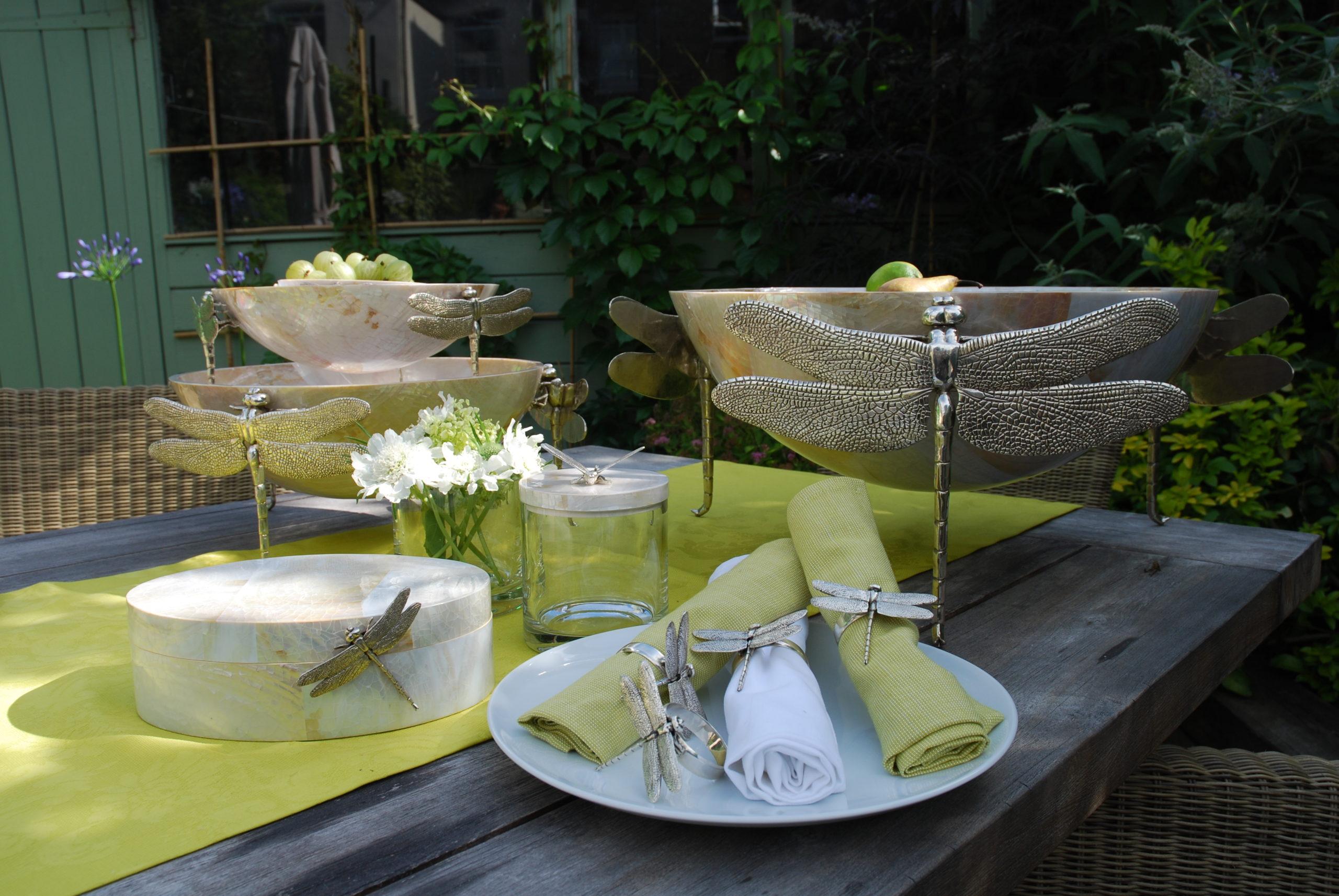 Decorative Bowls & Centre Pieces